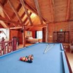 Casa de campo con sala de entretenimiento