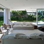 Moderna sala de estar de casa de campo