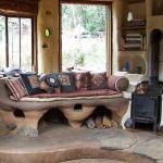 Sala de estar de casa de adobe