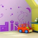 Empapelado infantil color lila con castillos
