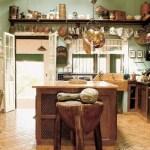 Cocina con accesorios rústicos
