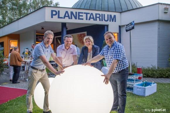 Die Klagenfurter Stadtpolitik steht geschlossen hinter dem Planetarium-Projekt. Danke!  Foto: pixel.at