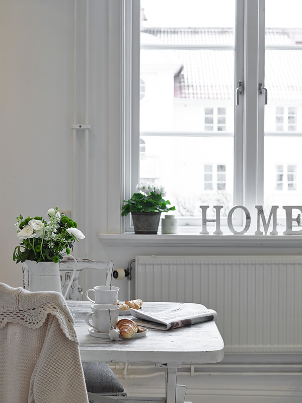 un appartement cosy stockholm planete deco a homes world. Black Bedroom Furniture Sets. Home Design Ideas