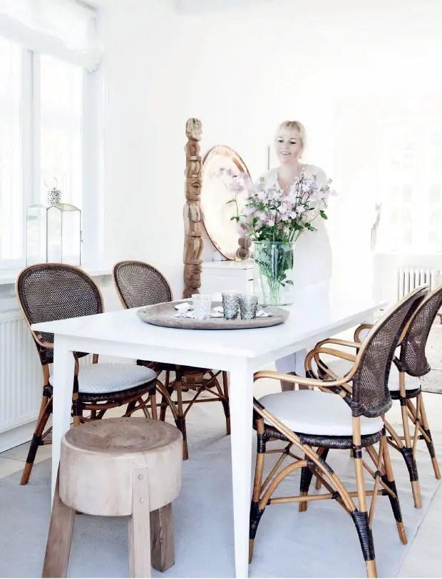 du rotin dans la maison planete deco a homes world. Black Bedroom Furniture Sets. Home Design Ideas