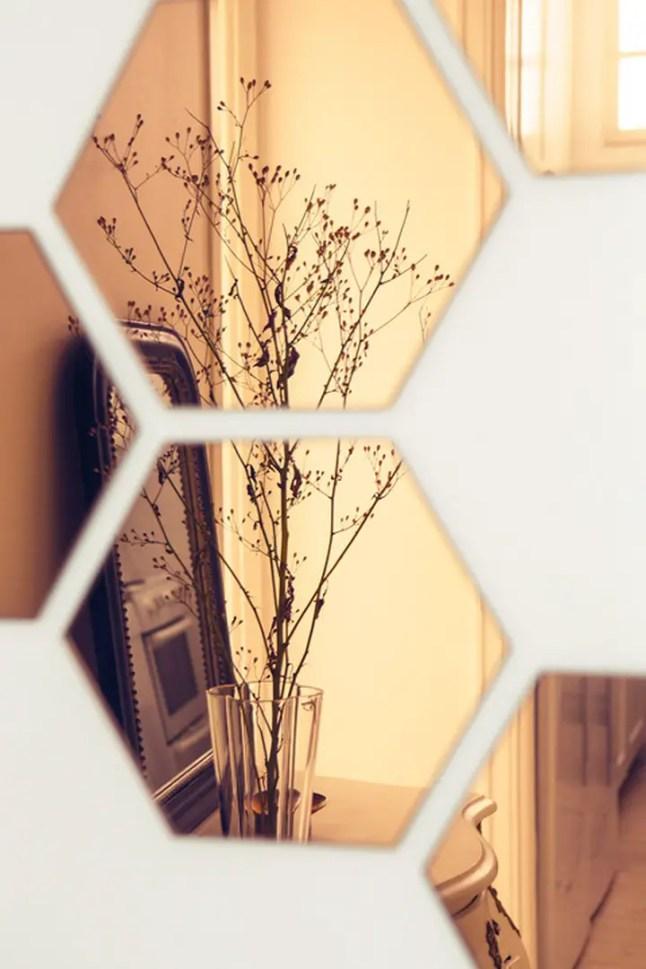 Du cuivre pout r veiller la d co planete deco a homes world for Miroir hexagonal cuivre