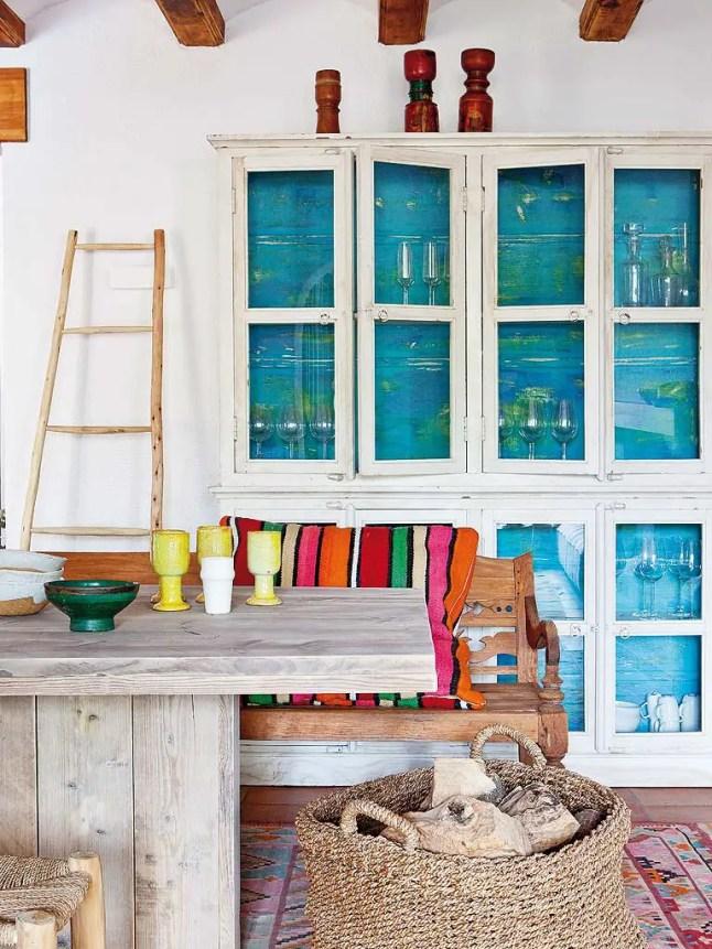 Une maison espagnole lumineuse et naturelle planete deco for Decoration espagnole maison