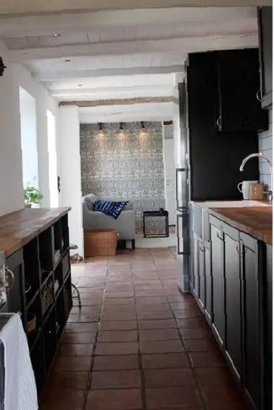 noir et bois l 39 autre duo gagnant planete deco a homes world. Black Bedroom Furniture Sets. Home Design Ideas