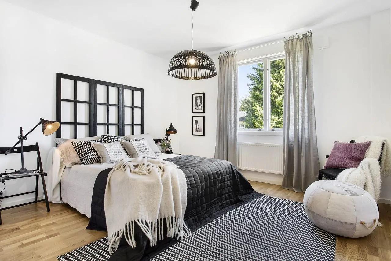 sv13. Black Bedroom Furniture Sets. Home Design Ideas
