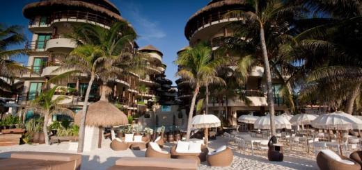 El Taj Oceanfront Beachside Condo Hotel