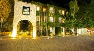 El Tukan Hotel & Beach Club