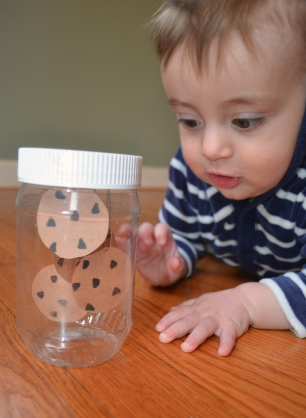 Make a sensory bottle for If You Give A Mouse A Cookie by Laura Numeroff!
