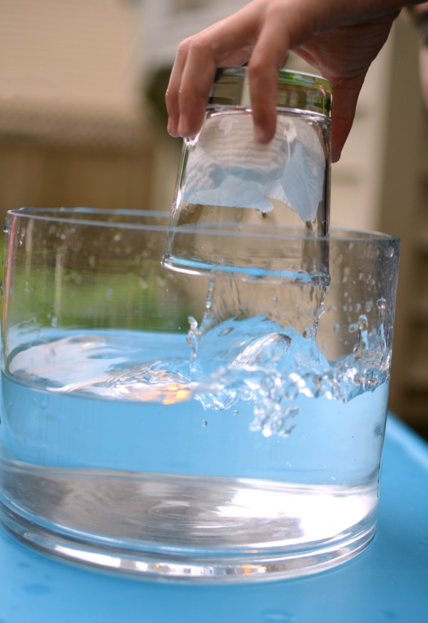 Quick science trick - keep paper dry underwater -- SO COOL!