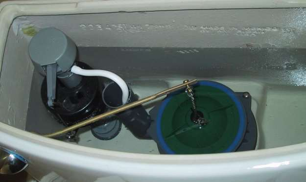 Toilet Tank Leaking 7 Steps To Fix Plumbersstock Blog