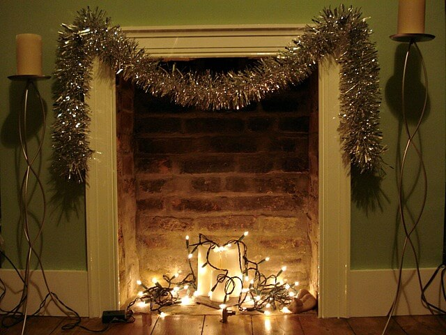 10 non tacky ways to decorate with christmas lights year round
