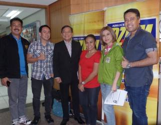 With Turo Turo Hosts Jing Castaneda and Prof Popoy De Vera