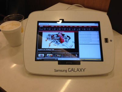 stl lounge american airlines admirals club tablet
