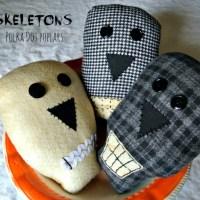 Happy Halloween Skeletons
