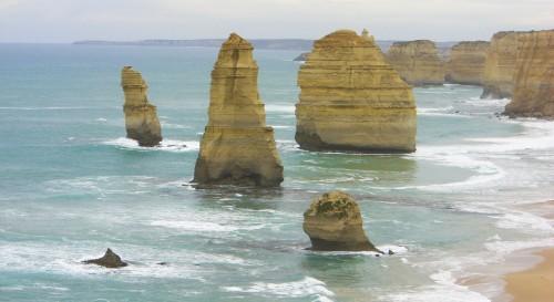 twelve apostles great ocean road victoria australia