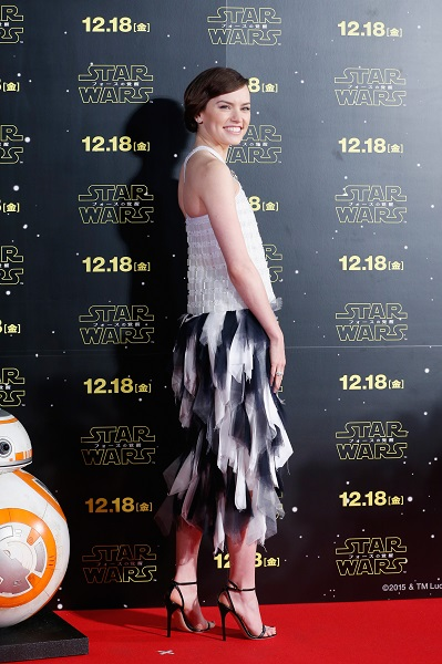 TOKYO, JAPAN - DECEMBER 10: Daisy Ridley attends the 'Star Wars: The Force Awakens' fan event at the Roppongi Hills on December 10, 2015 in Tokyo, Japan. (Photo by Christopher Jue/Getty Images for Walt Disney Studios) *** Local Caption *** Daisy Ridley