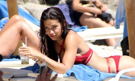 adriana-lima-in-bikini-on-the-beach-in-mykonos-07-10-2016_25[1]
