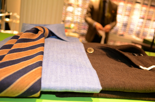Giveaway | Suitsupply Holiday 2011 Package