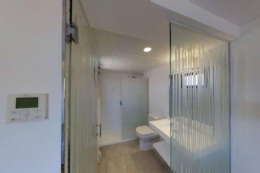 Bezauberndes, Helles Penthouse Apartment Mit 20 Qm Privater   Badezimmer  20qm