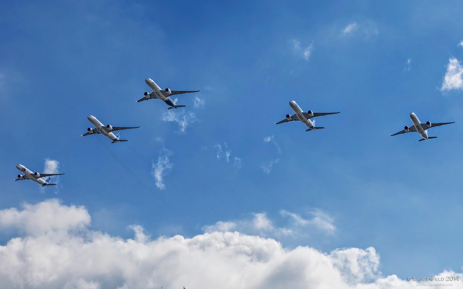 Airbus réunit Cinq A-350 pour un vol en formation