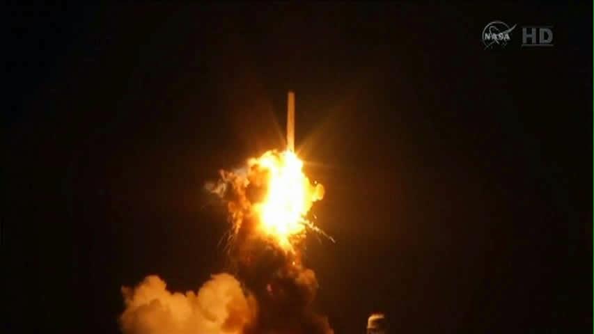 Vidéo: Dernière Minute : La fusée Antares explose 6 secondes après son lancement