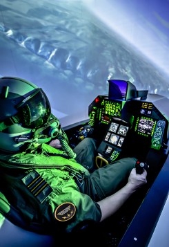 Simulateur F16 ©  FIGHTERS ACADEMY