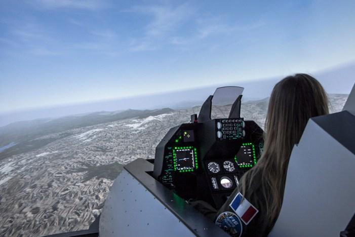 Le simulateur de F16
