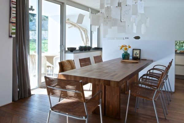 Stoly i stolky do vaší domácnosti