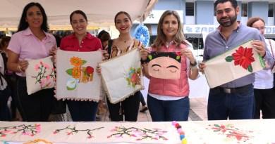DIF Estatal Realizan Expo Venta Artesanal en el Jardín Núñez