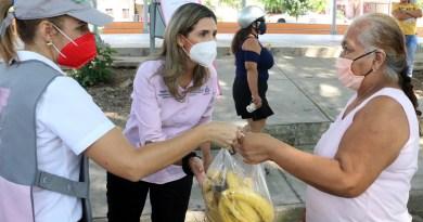 Continúan entregas de alimentos donados por productores locales