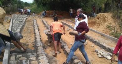 Se suman ciudadanos en la remodelación de calle de la colonia Viveros en Zapotán