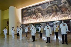 3-medicos-galardonados-condecoracion-miguel-hidalgo
