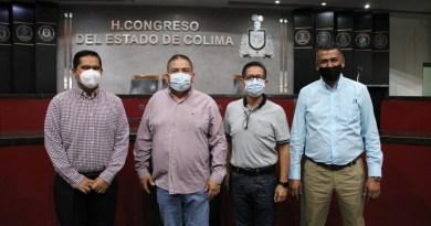 Reunión diputado Guillermo Toscano con trabajadores del congreso del estado