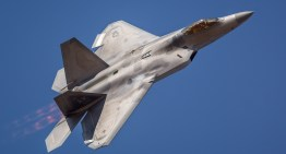 F-22 RAPTOR DEMO @ CALIFORNIA CAPITAL AIR SHOW 2014