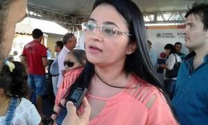 Prefeita de Sossego assina convênio para aquisição de veículos para o município