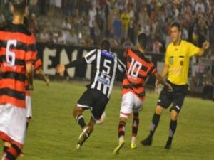 Treze e Campinense começam disputa por vaga na final do Paraibano
