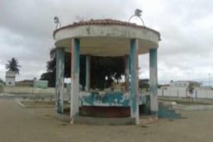 Em Nova Floresta-PB Praça abandonada serve como ponto de uso de drogas e prática de sexo