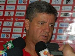 Campinense demite técnico Ney da Matta após derrota para o Treze