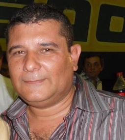 http://www.blogdofelipeandrade.com.br/2016/05/pre-candidato-prefeito-de-conde-diz-que.html