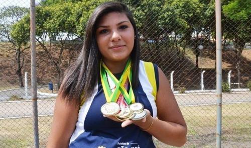 Joseense Angelica Rodrigues brilha na prova de lançamento de martelo