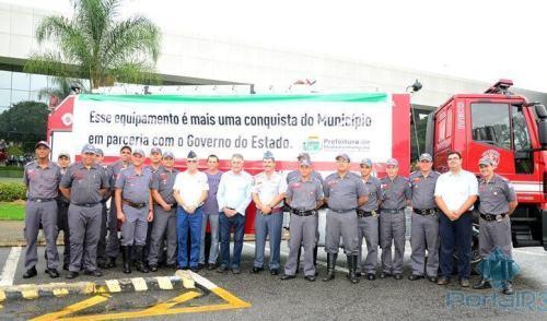 VÍDEO: Corpo de Bombeiros de Pinda ganha nova viatura