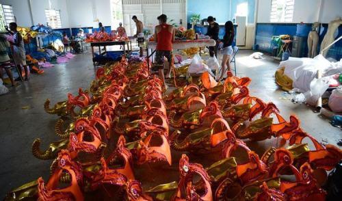 Com fantasias prontas, escolas de samba do DF esperam patrocínio