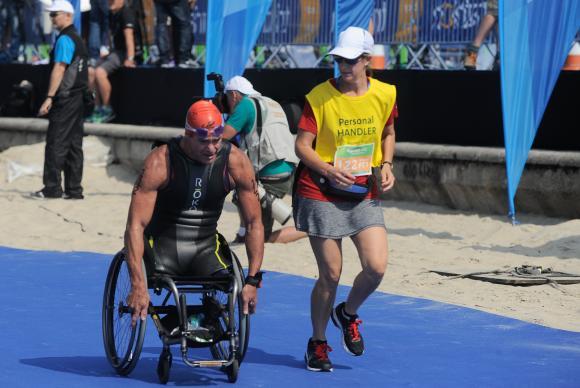 Segundo evento-teste para os Jogos Olímpicos de 2016 ocorreu na Praia de Copacabana, onde atletas paralímpicos realizaram provas de paratriatlon. (Foto: Tomaz Silva/Agência Brasil)