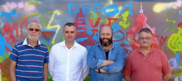 Andrés García, Javier Varela, José Luis Rey y Miguel Maestro, posando ante la obra ya terminada.