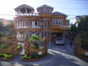 Holiday House to rent in Westgate Hills, Montego Bay ...