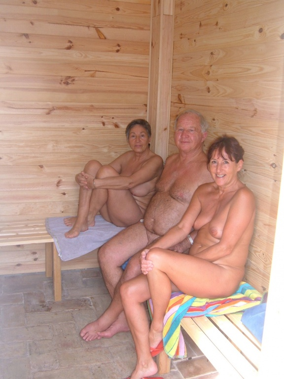 finland sauna girls