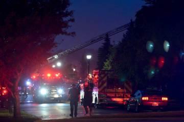 Fire-May-23-Ogden-behind-Old-Walmart2016052355-3